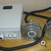 Шкаф управления и датчики влагомера для бетоносмесителя