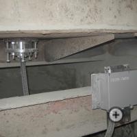 Датчик влажности и электронный блок влагомера FIZEPR-SW100 на бетоносмесителе СБ-138